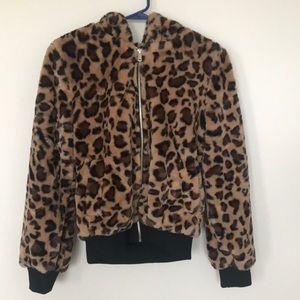 Hooded leopard puffer jacket